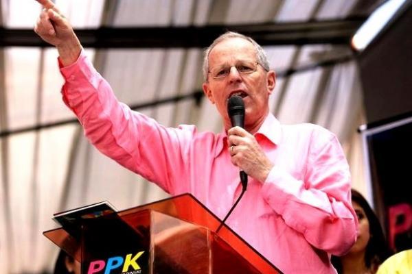 Pedro Pablo Kuczynski élu président du Pérou