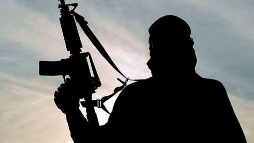"""La main coupée par Daesh, un ado témoigne: """"J'aurais préféré être décapité"""""""