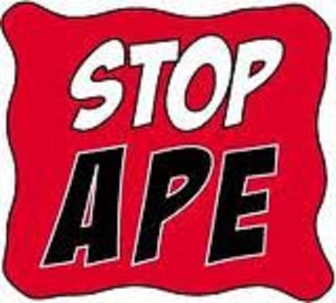 Kaolack Debout Crie Stop Aux APE !