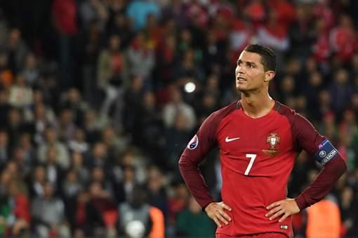 Soirée cauchemardesque pour Ronaldo, le Portugal encore accroché