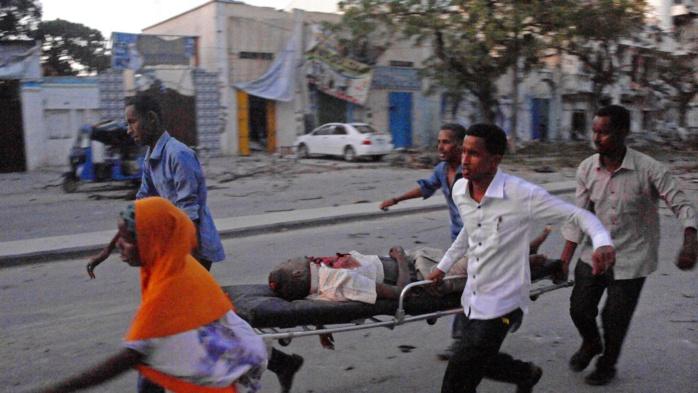 Somalie : Au moins cinq morts dans l'attaque d'un hôtel à Mogadiscio, revendiquée par les shebabs