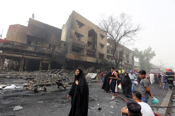 Deuil national après l'attentat qui a fait plus de 200 morts