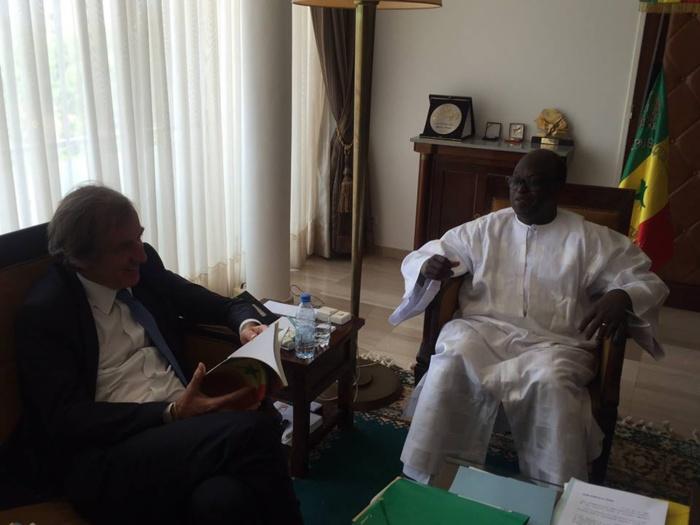 Le nouvel ambassadeur de France au Sénégal a rendu visite à Moustapha Niasse, Président de l'Assemblée nationale