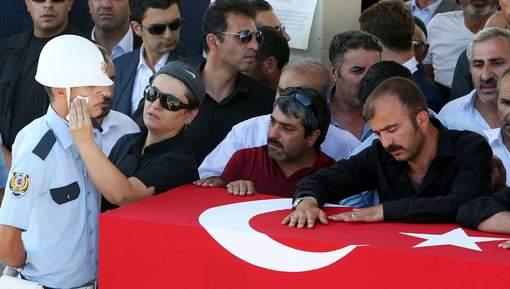 Le putsch manqué en Turquie a fait près de 300 morts