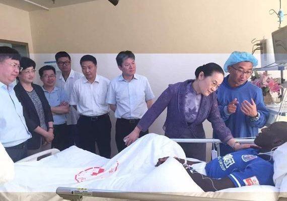 Demba Bâ sur son lit d'hôpital, ses premiers mots après sa blessure