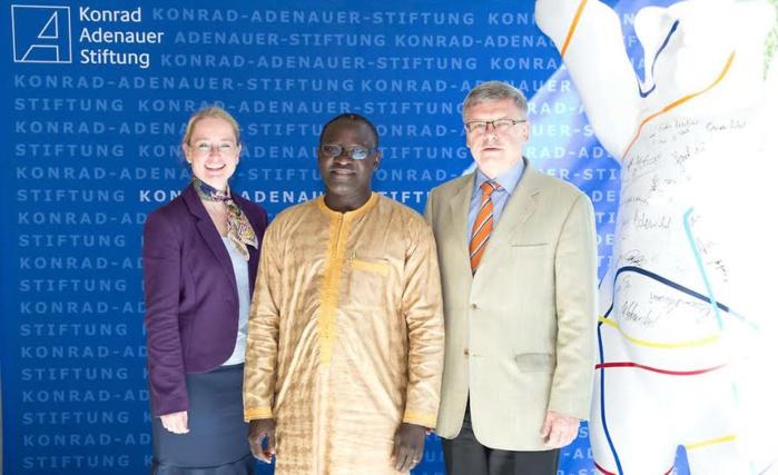 Le « vivre ensemble sénégalais » en débat : Timbuktu Institute et la Fondation Adenauer accueillent le mouvement interreligieux européen « Coexister » ce jeudi à 10H.