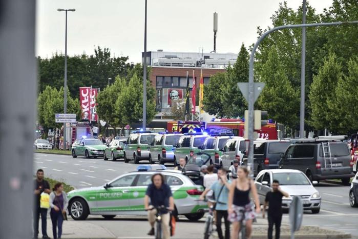 Fusillade de Munich : Plusieurs hélicoptères ont été déployés et participent à la recherche des suspects