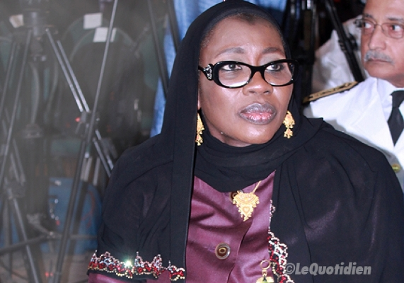 Nafi N'gom Keïta a-t-elle reçu 36 salaires ?