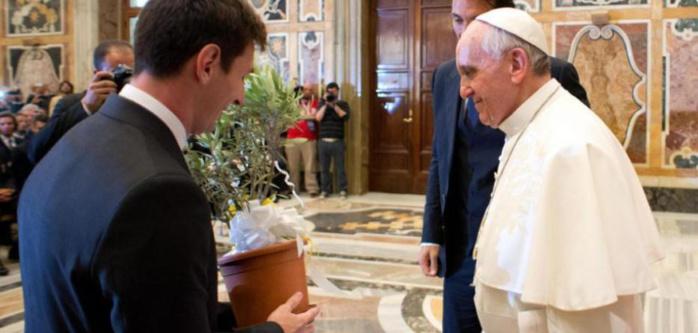 Pour le Pape François, Messi est meilleur que Maradona