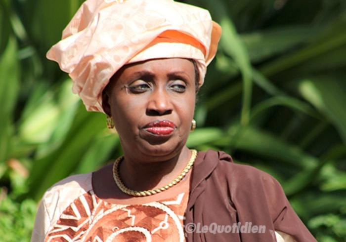 INONDATIONS A KAOLACK : Me Nafissatou Diop Cissé au chevet des sinistrés
