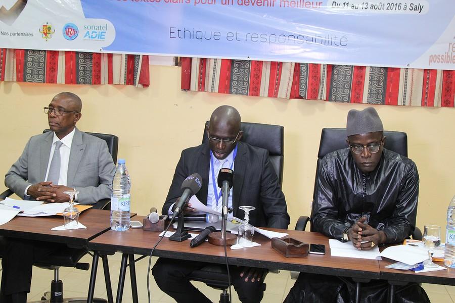 Les images de l'atelier sur la labellisation et l'élaboration d'un cahier de charges pour la presse en ligne au Sénégal