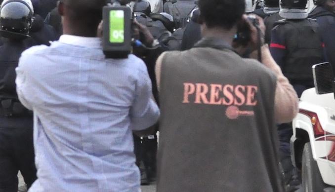 Edito Showbiz : Le tube de l'Eté est plagiaire ou diffamatoire ? Que Dieu me préserve des journalistes sénégalais ? Esprit fertile, inspiration débordante, créations innovantes. On réinvente le métier au Sénégal.
