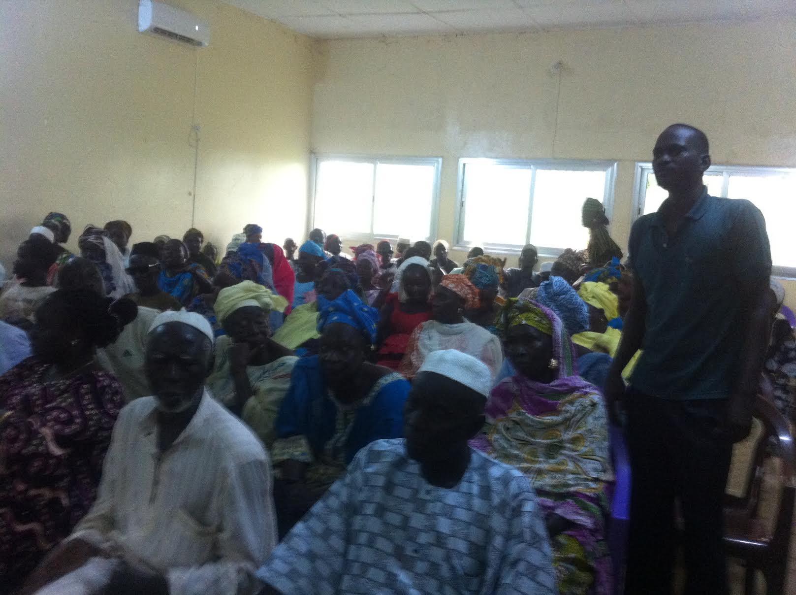Manque d'infrastructures à Koungheul : Les populations s'insurgent contre Me Sidiki KABA, flinguent Abdoulaye D. DIALLO et interpellent le chef de l'Etat.