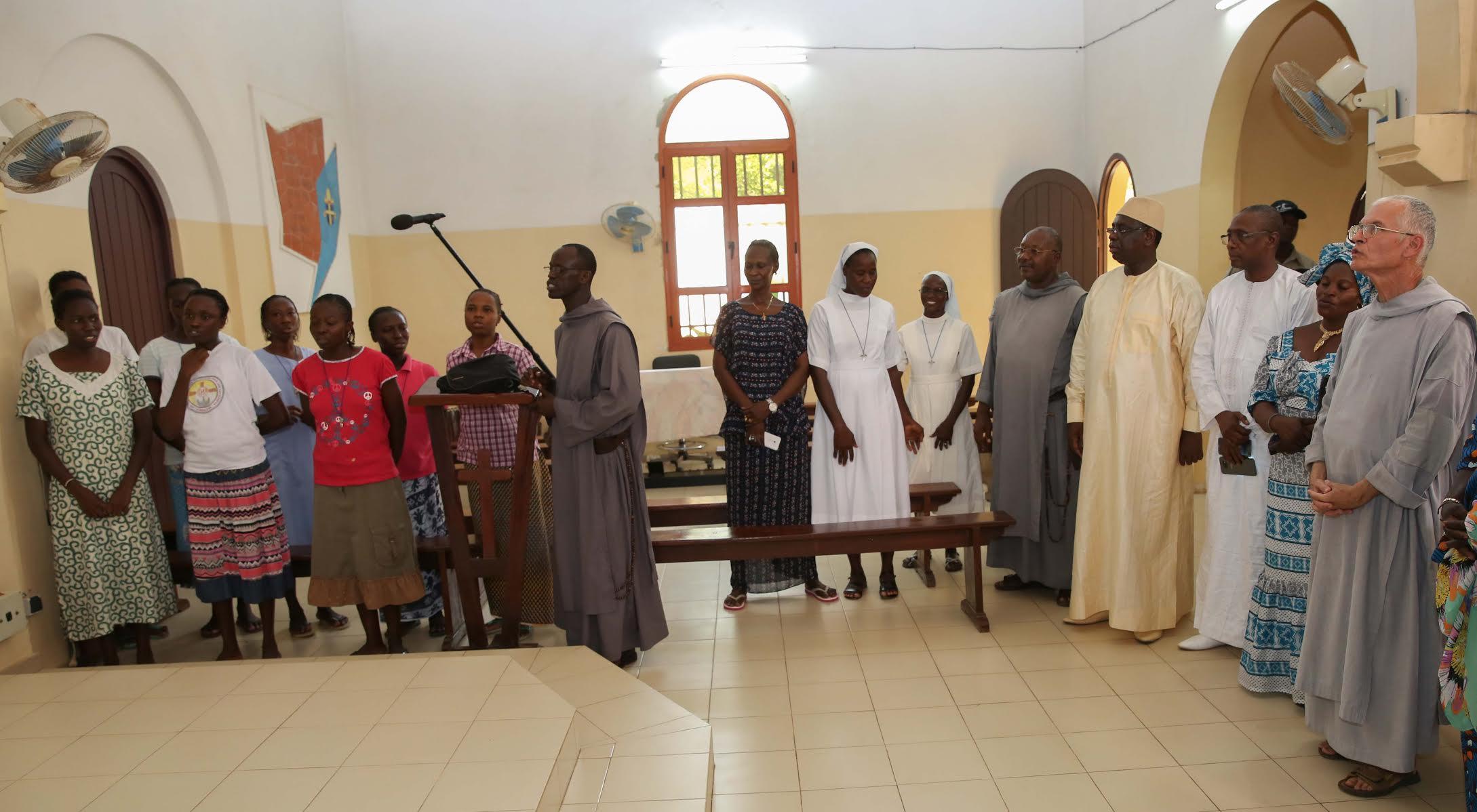 Le Président de la République a effectué la prière du vendredi à Popenguine