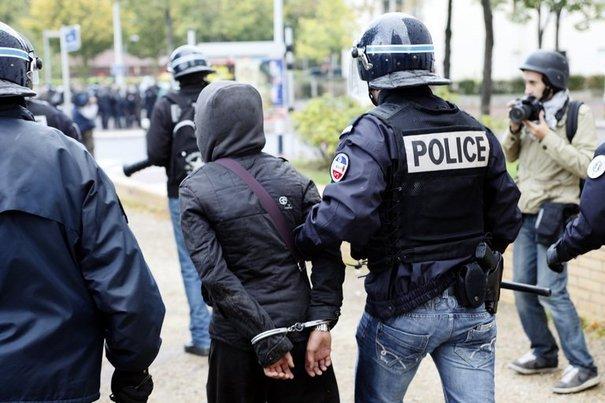 FRANCE : Un sénégalais condamné à deux ans ferme pour avoir...fracassé la tête d'un flic.