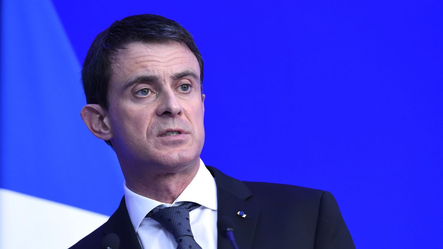 "Manuel Valls : "" Le burkini est un symbole d'asservissement de la femme """