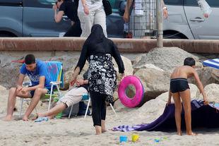 Le Conseil d'Etat suspend l'arrêté « anti-burkini » de Villeneuve-Loubet
