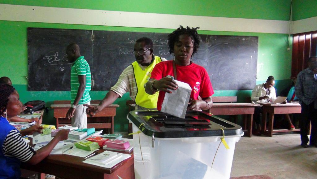Présidentielle au Gabon : l'heure du décompte des voix