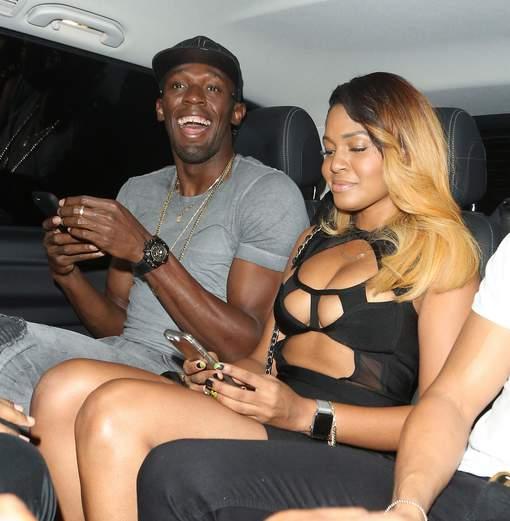 Qui arrêtera Bolt? Il ramène six femmes à son hôtel