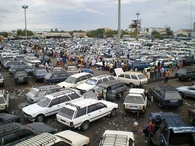 Grève des Transporteurs :  Solution trouvée pour les bus arrêtés par la Douane