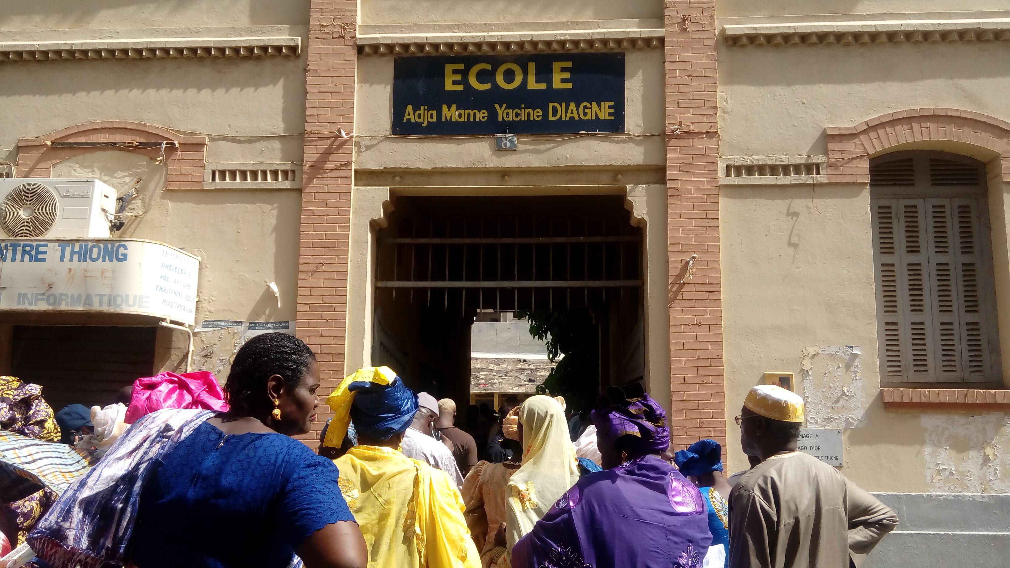 Djibril Diallo, Sous Préfet de Dakar-Plateau, sur le choix du centre de vote : « Le vote se déroule dans l'ensemble du Département sans anicroche, c'est l'essentiel… »
