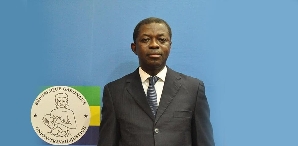 Gabon : Le ministre de la Justice, Séraphin Moundounga, annonce sa démission