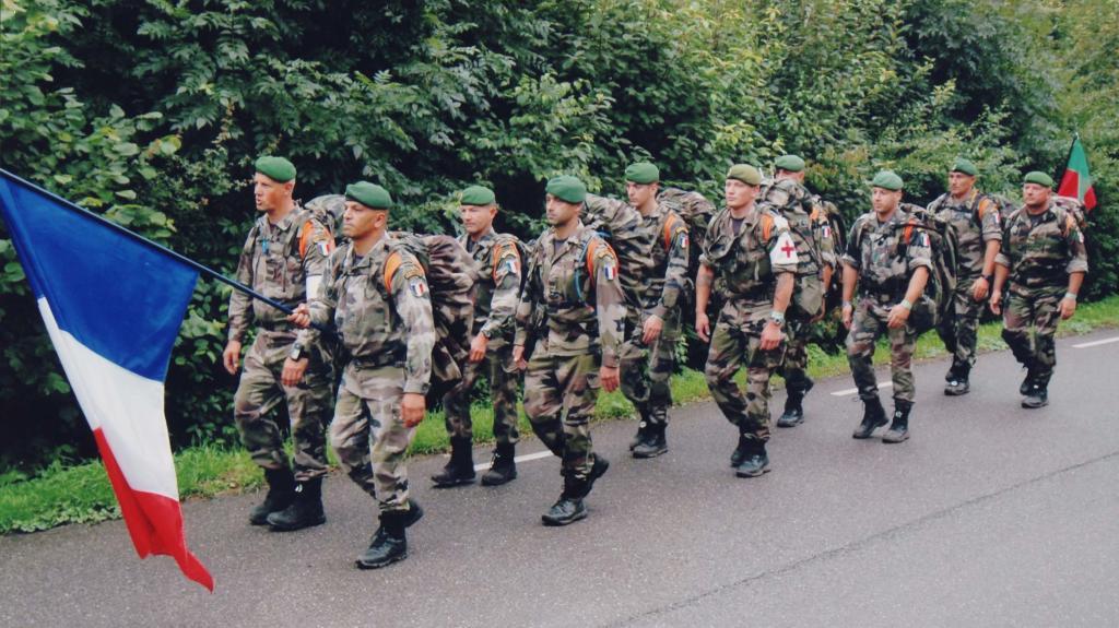 ALERTE GABON : Paris largue son 2ème Régiment de Légion étrangère sur Libreville