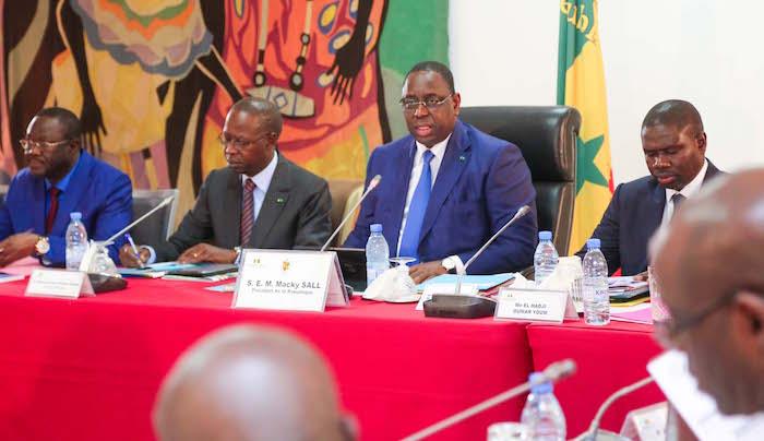 """EDUCATION : Le président Macky Sall prône des mesures pour une """"très bonne rentrée scolaire et universitaire"""""""