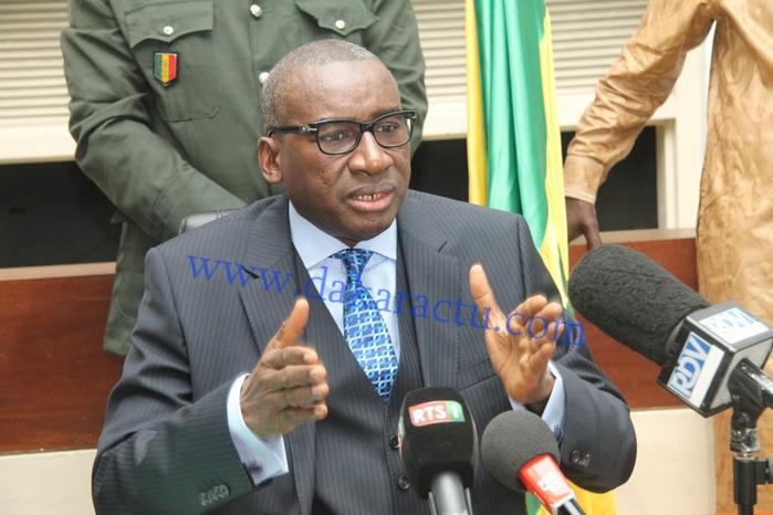"""Décès de Me Mbaye Jacques Diop : Sidiki Kaba dit sa """"douleur"""" et salue une """"figure politique importante"""""""