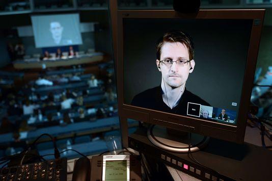 Edward Snowden sollicite le pardon d'Obama