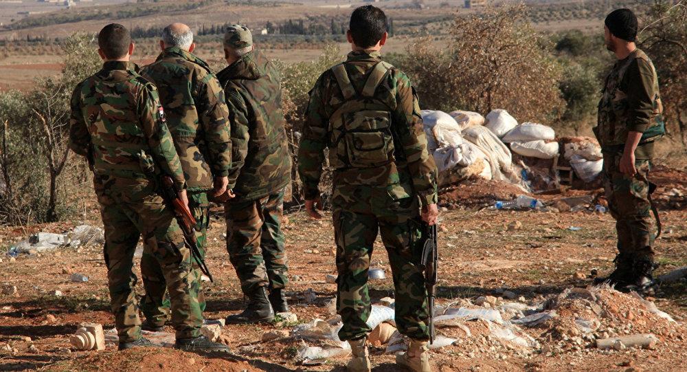 La coalition dirigée par les USA frappe l'armée syrienne