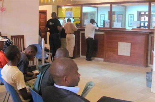 Les banques d'Afrique subsaharienne négligent trop la qualité des relations avec leur clientèle, selon KPMG
