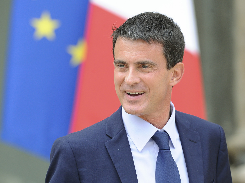 Manuel Valls en visite à Dakar pour 48 heures