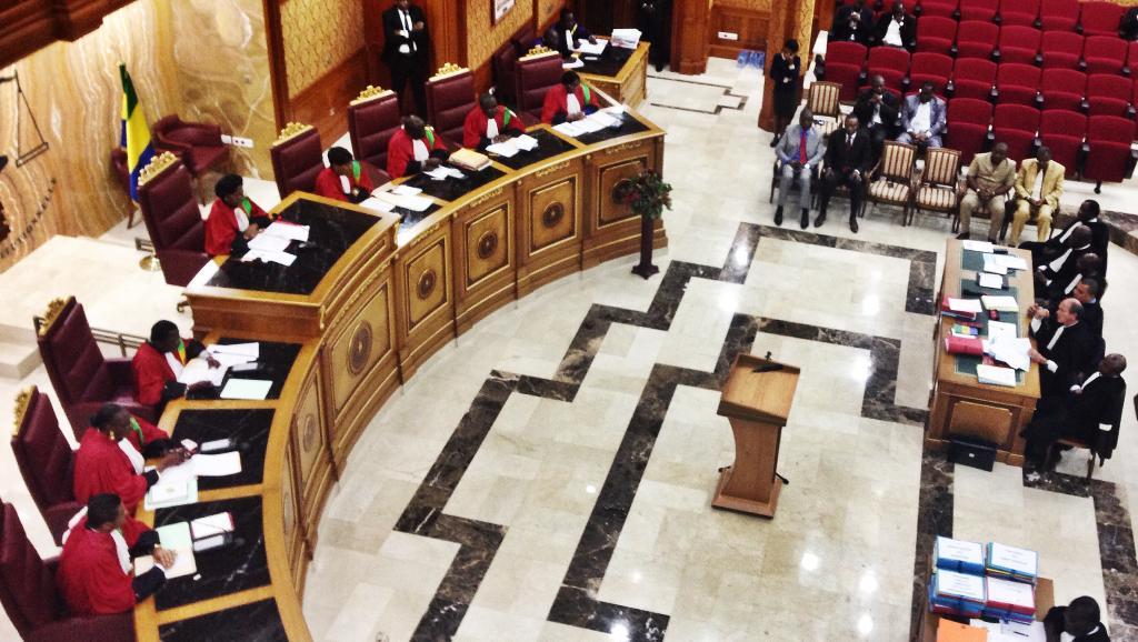 Le Gabon suspendu à la décision de la Cour constitutionnelle