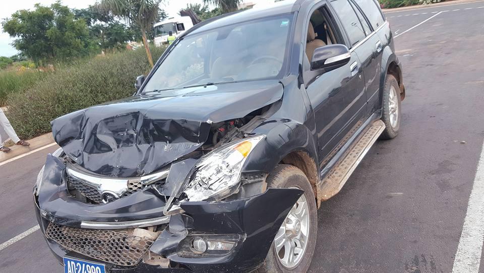 Accident sur l'autoroute à péage : Bara Gaye s'en sort avec des dégâts matériels
