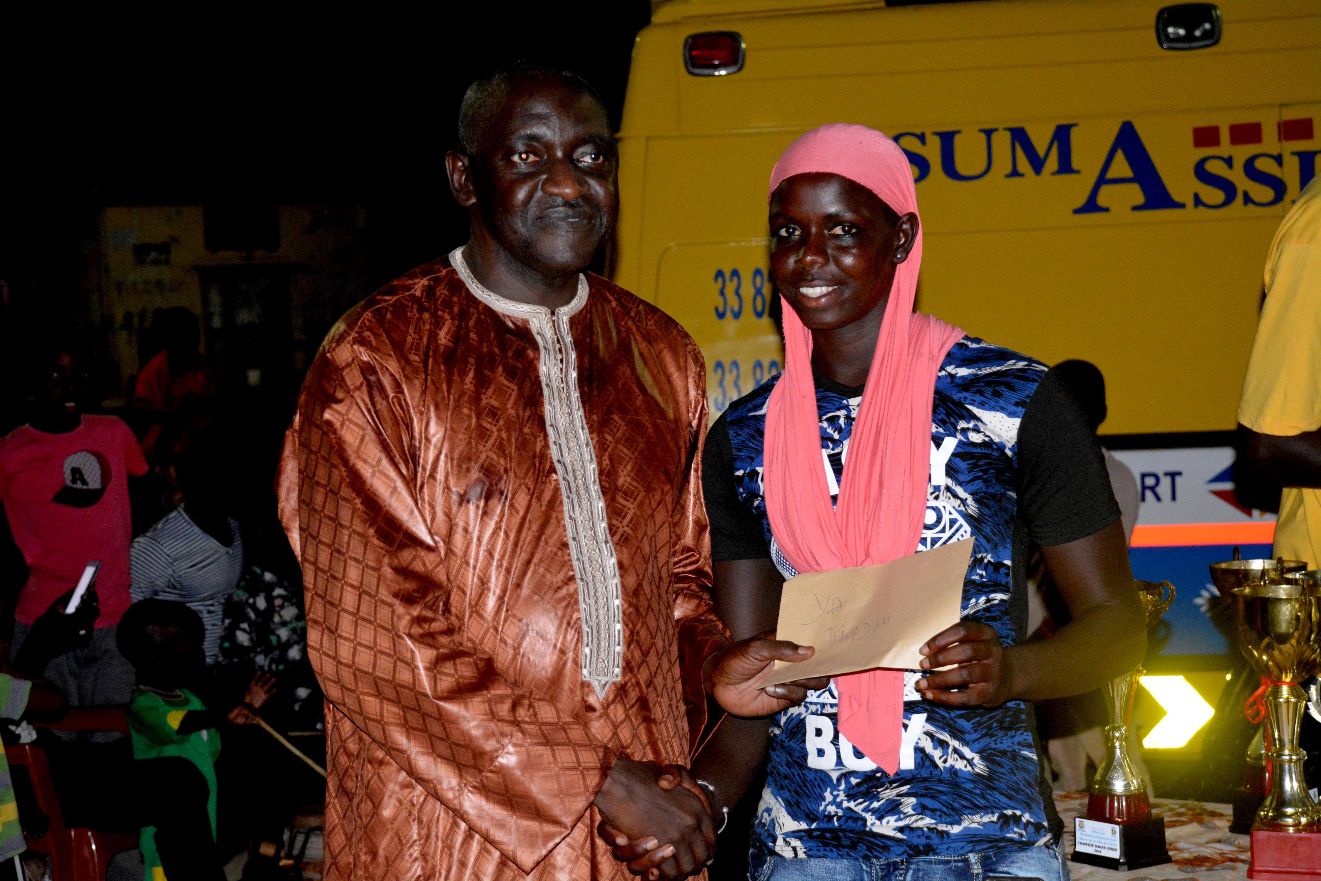 Ngor fête ses enfants secouristes et ses nageurs vainqueurs de la traversée Dakar-Gorée (Images)