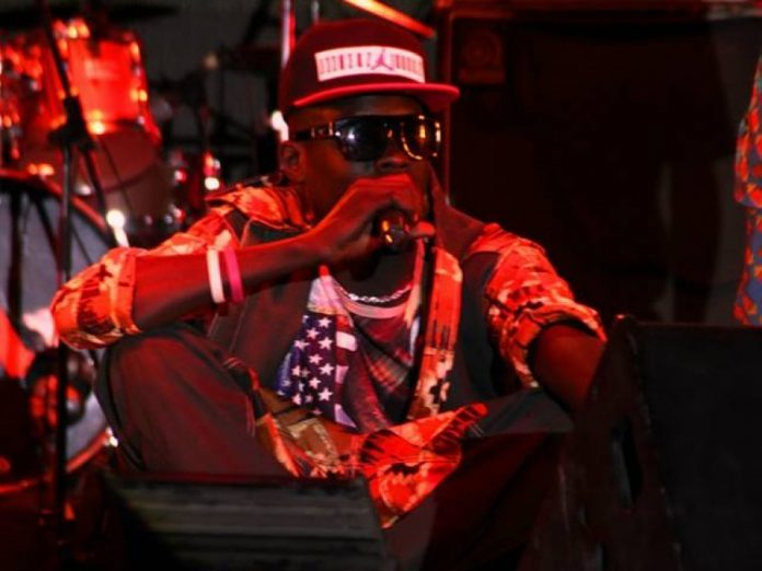 Ngakka Blindé emboîte le pas à Nit Doff et Canabasse