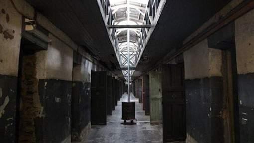 Détenus décapités ou brûlés vifs: 25 morts dans une prison au Brésil