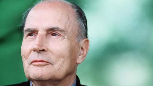 """Lettres enflammées de Mitterrand: """"Je ne sais pas si j'ai bien fait"""""""