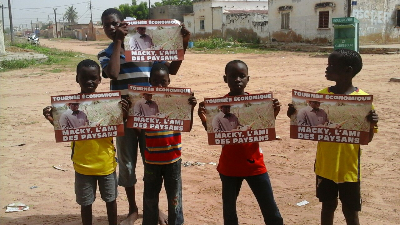 IMAGE : Quand les enfants des paysans démontrent leur attachement au président Macky Sall