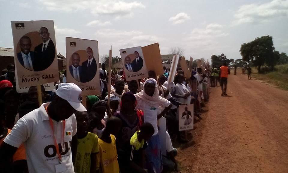 Les images de l'accueil exceptionnel du Président Macky SALL à Tambacounda par le Dg de  la SN HLM Mamadou Kassé