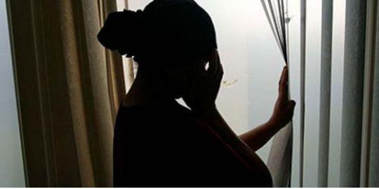 Viol et vol commis la nuit avec violence : A. Fall s'introduit dans la chambre de sa victime, la viole et emporte sa perruque en cheveux naturels