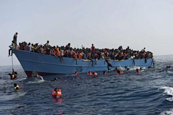 Méditerranée - Drame de l'émigration : 25 migrants retrouvés morts sur un canot