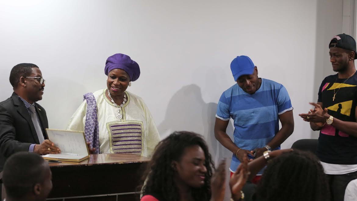 Le Groupe TOOFAN à Dakar reçu par Madame Innocence Ntap Ndiaye Présidente du Haut Conseil du Dialogue Social