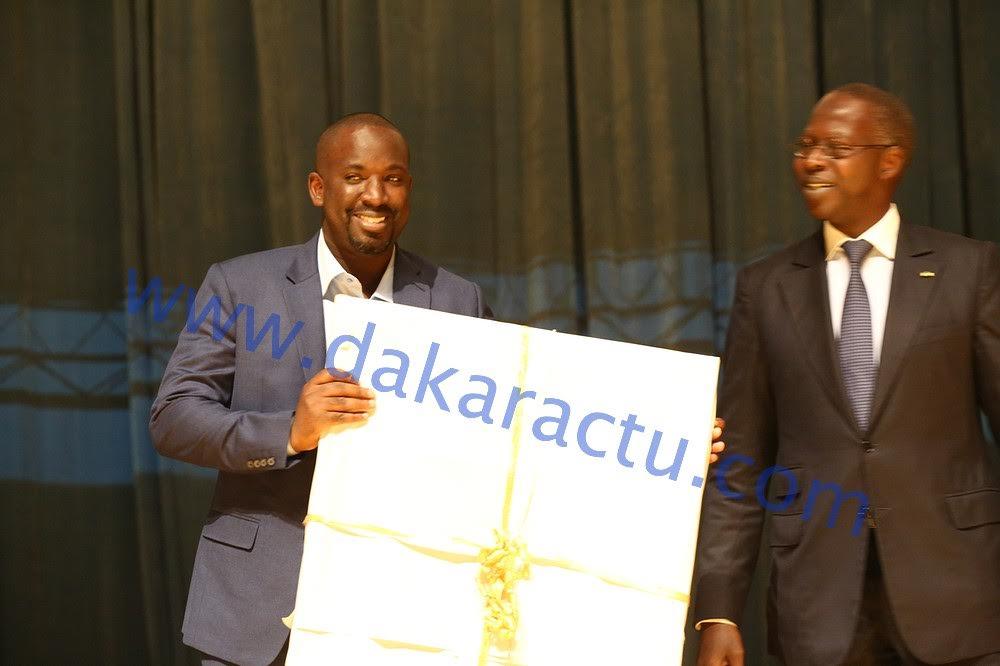 COLLABORATION : Le groupe IAM honore le Directeur de publication de DAKARACTU