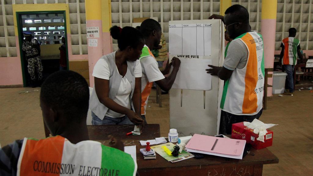 Référendum en Côte d'Ivoire : les bureaux de vote ont fermé