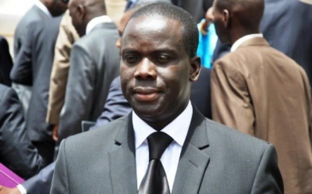 Diffamation : Gakou sert une sommation au Dircab de Niasse
