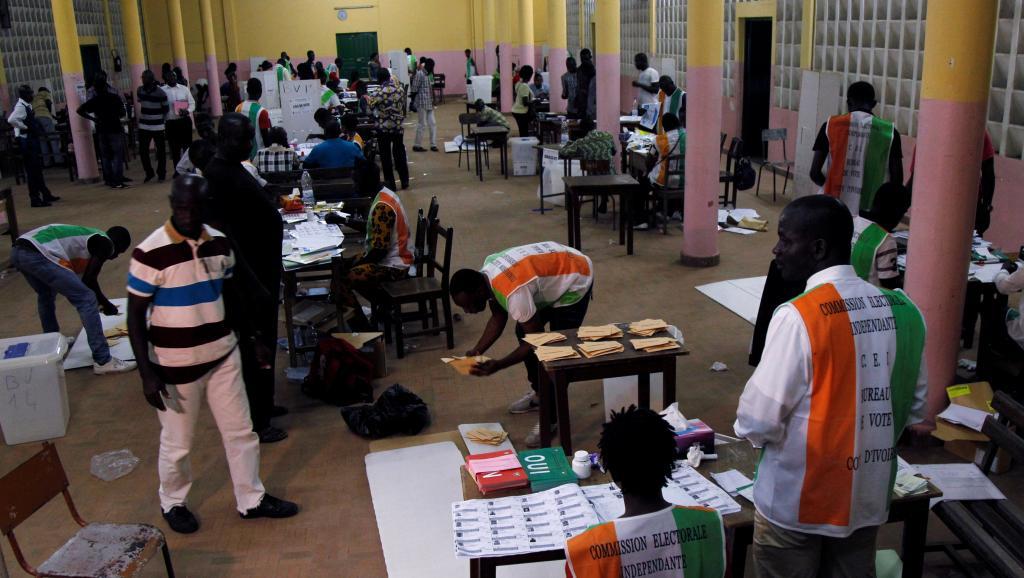 Côte d'Ivoire: la nouvelle Constitution créant la 3e République adoptée