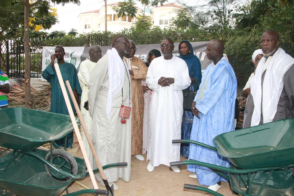 And Defar Sunu Gox spécial Magal de Touba : Pour lutter contre l'insalubrité et améliorer le cadre de vie dans la Commune de Touba