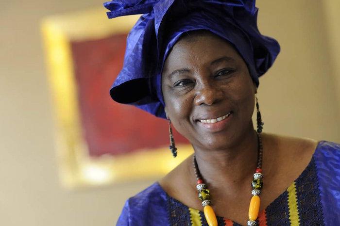 Gambie : Isatou Touray la première femme candidate à la présidentielle se retire de la course